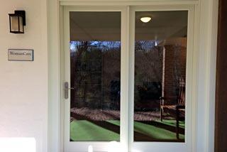 Location entry door Woman Care